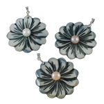 Shell Pendants, Freshwater Shell, with Freshwater Pearl & Brass, Flower, natural, mixed colors, 39x50x8.50mm, Hole:Approx 3.5x4.5mm, Sold By PC