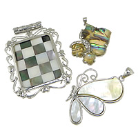 Shell Pendants, Zinc Alloy, with Shell, platinum color plated, with rhinestone & mixed, nickel, lead & cadmium free, 32-41x36-51x5, Hole:Approx 5mm, 10PCs/Lot, Sold By Lot