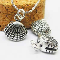 Brass Jewelry Pendants, Shell, antique silver color plated, lead & cadmium free, 11x11mm, Hole:Approx 2-5mm, 10PCs/Bag, Sold By Bag