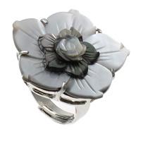 кольцо из ракушки, Латунь, с Черная ракушка, Форма цветка, Платиновое покрытие платиновым цвет, регулируемый, не содержит никель, свинец, 34x33x31mm, отверстие:Приблизительно 1mm, размер:9, 10ПК/сумка, продается сумка