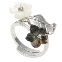 кольцо из ракушки, Латунь, с Черная ракушка & Белая ракушка, Форма цветка, Платиновое покрытие платиновым цвет, регулируемый & со стразами, не содержит никель, свинец, 26x20x23mm, отверстие:Приблизительно 1mm, размер:7.5, 10ПК/сумка, продается сумка