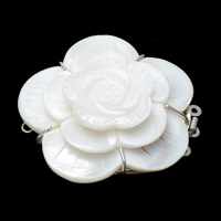 Shell Box Clasp, Brass, with White Shell, Flower, platinum color plated, 3-strand, nickel, lead & cadmium free, 48x48x14mm, Hole:Approx 2mm, 10PCs/Bag, Sold By Bag