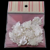 Tworzywa ABS perła Wisiorek, Liść, biały, 26x35x3mm, 100x170mm, otwór:około 1mm, 30komputery/torba, sprzedane przez torba
