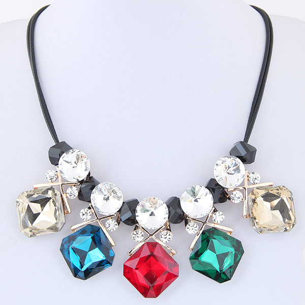 цинковый сплав Ожерелье, с Стеклянный, Ромбическая форма, плакирован золотом, граненый & со стразами, не содержит свинец и кадмий, 420mm, Продан через Приблизительно 16.54 дюймовый Strand