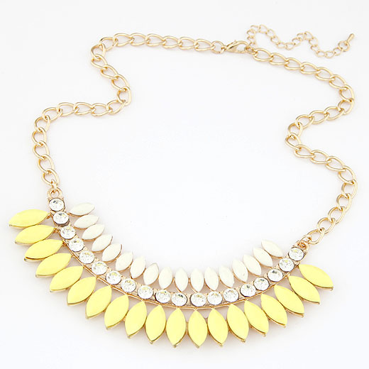 Resin Necklace, Zinc Alloy, with Resin, gold color plated, twist oval chain, yellow, lead & cadmium free, 400x120x32mm, Sold Per Approx 15.75 Inch Strand