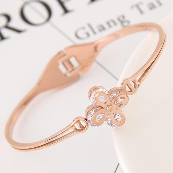 титан браслет на запястье/щиколотку, плакированный цветом розового золота, с кубическим цирконием, 58x48mm, внутренний диаметр:Приблизительно 58mm, длина:Приблизительно 7 дюймовый, продается PC