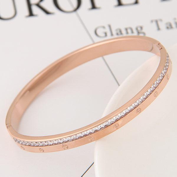 титан браслет на запястье/щиколотку, плакированный цветом розового золота, с чешский хрусталь, 58x48mm, внутренний диаметр:Приблизительно 58mm, длина:Приблизительно 7 дюймовый, продается PC