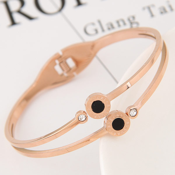титан браслет на запястье/щиколотку, плакированный цветом розового золота, с чешский хрусталь & эмаль, 58x48mm, внутренний диаметр:Приблизительно 58mm, длина:Приблизительно 7 дюймовый, продается PC