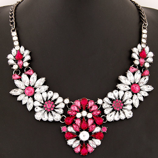 Fashion Statement Necklace, Zinc Alloy, with Resin, Flower, plumbum black color plated, twist oval chain, bright rosy red, lead & cadmium free, 150x58mm, Sold Per Approx 15.75 Inch Strand