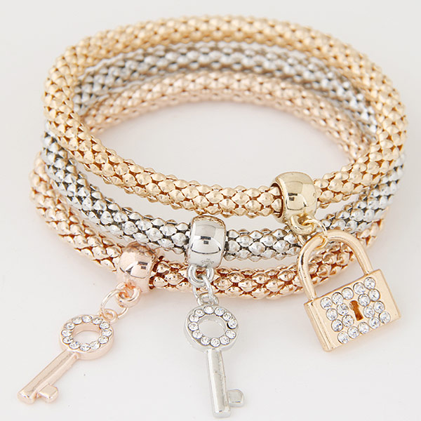 Zinc Alloy Bracelet with Iron Lock and Key plated with rhinestone lead   cadmium free 175mm Length:Approx 6.89 Inch 3Strands/Set