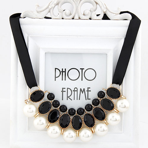 Plastic Pearl Necklace, Zinc Alloy, with ABS Plastic Pearl, gold color plated, black, lead & cadmium free, 600x120x40mm, Sold Per Approx 23.62 Inch Strand