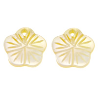 Natural Yellow Shell Pendants Flower 10.50x10x1.50mm Hole:Approx 1mm 50PCs/Lot