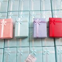 Kartonowe pudełko na naszyjnik, Tektura, ze Gąbka & Satynowa wstążka, Prostokąt, dostępnych więcej kolorów, 50x80mm, 16komputery/wiele, sprzedane przez wiele