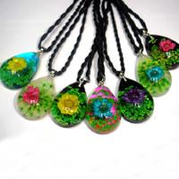 Стеклянный глобус ожерелье, Нейлоновый шнурок, с Сухих цветов & канифоль & цинковый сплав, Каплевидная форма, Платиновое покрытие платиновым цвет, смешанная картина, не содержит никель, свинец, 24x17x10mm, длина:Приблизительно 18 дюймовый, 60пряди/Лот, продается Лот