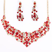 Wedding Jewelry Sets, Zinc Alloy, earring & necklace, with iron chain & Crystal, iron earring lever back clip, gold color plated, for bridal & twist oval chain & faceted & with rhinestone, lead & cadmium free, 45cm, Length:Approx 17.5 Inch, 3Set/Lot, Sold By Lot