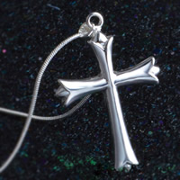Krzyż wisiorki mosiądz, Fleur-de-Lis krzyż, Platerowane prawdziwym srebrem, 925 logo, bez zawartości ołowiu i kadmu, 30x45mm, otwór:około 3-5mm, 10komputery/torba, sprzedane przez torba