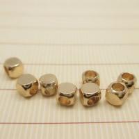 24K золото бисера, Латунь, Квадратная форма, Позолоченные 24k, не содержит свинец и кадмий, 3x3mm, отверстие:Приблизительно 1-2mm, 10ПК/сумка, продается сумка