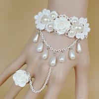 Свадебный браслет кольцо, Кружево, с Стеклянный жемчуг & канифоль & цинковый сплав, с 2.7lnch наполнитель цепи, Другое покрытие, Для Bridal & регулируемый, не содержит никель, свинец, размер:6, Продан через Приблизительно 5.1 дюймовый Strand