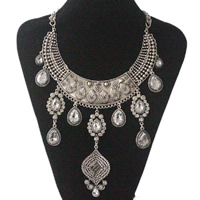 Crystal Zinc Alloy Necklace, with Crystal, antique silver color plated, twist oval chain & for woman & faceted & with rhinestone, nickel, lead & cadmium free, Sold Per Approx 18 Inch Strand