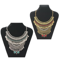 Fashion Statement Necklace, Zinc Alloy, with Resin, plated, twist oval chain & for woman & with rhinestone, more colors for choice, nickel, lead & cadmium free, Sold Per Approx 17.7 Inch Strand