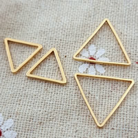 Zinc Alloy Linking Ring Brass Triangle gold color plated nickel lead   cadmium free 10PCs/Bag