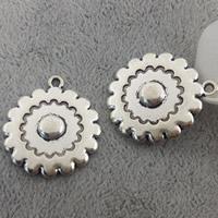 Zinc Alloy Flower Pendants, antique silver color plated, lead & cadmium free, 24x24mm, Hole:Approx 2mm, 50PCs/Bag, Sold By Bag