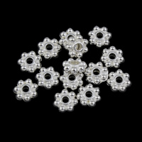Zinc Alloy Jewelry Beads, Flower, silver color plated, lead & cadmium free, 6x2mm, Hole:Approx 1mm, Approx 4000PCs/KG, Sold By KG