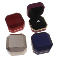 Velveteen Ring Box with Cardboard   Zinc Alloy gold color plated 75x51mm