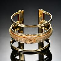 Железо браслет-манжеты, плакирован золотом, Женский, не содержит свинец и кадмий, 63x47mm, внутренний диаметр:Приблизительно 63mm, длина:Приблизительно 7.5 дюймовый, продается PC
