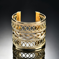Железо браслет-манжеты, плакирован золотом, Женский, не содержит свинец и кадмий, 60x53mm, внутренний диаметр:Приблизительно 60mm, длина:Приблизительно 7 дюймовый, продается PC