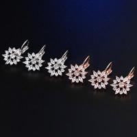 Латунь Leverback Серьга, Форма цветка, Другое покрытие, инкрустированное микро кубического циркония & Женский, Много цветов для выбора, не содержит никель, свинец, 13x24mm, продается Пара
