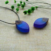 Подвески из смолы, канифоль, с деревянный, Мужская, голубой, 38x22x11mm, отверстие:Приблизительно 2-4mm, продается PC